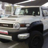 Toyota FJ Cruiser 2014 Car for Sale in Dubai
