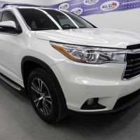 Looking to sell my 2015 Toyota Highlander Hybrid