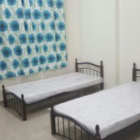 Flats/ Bed Space Available