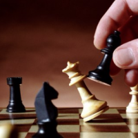 Learn to Play Chess in UAE